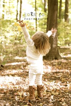Born For Photography: I love fall photography. This little girl loved throwing the fall leaves in the air. What a precious moment!
