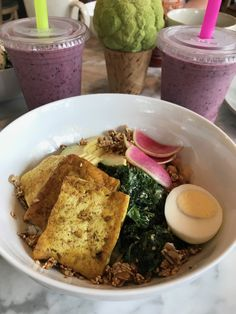 Bebidas Houston – Healthy Brunch and Lunch in River Oaks Healthy Rice, Healthy Brunch, Healthy Smoothies, Houston Restaurants, Rice Bowls, Coffee Shops, Avocado Toast, Tofu, Acai Bowl