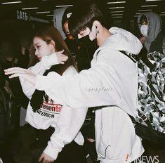 Jimin and jungkook protecting rose' at crowded airport