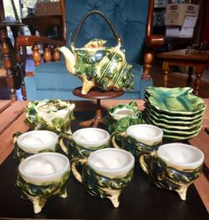 Vintage-Majolica-Pottery-Shell-Conch-Tea-Set-for-6-Made-in-Japan