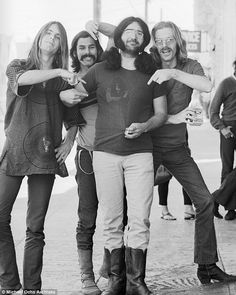 Main man: Bob Weir (guitar and vocals),  Bill Kreutzmann (drummer),  Jerry Garcia (guitar and vocals), and Phil Lesh (bass and vocals) poiunt to  Jerry Garcia (guitar and vocals) as the powerhouse behind the group. These were the founding members of the Grateful Dead along with Ron 'Pigpen' McKernan