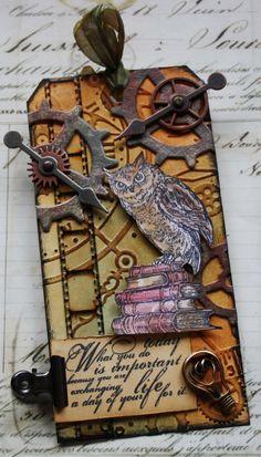 Literary Owl Tag by Carol Fox | That's Blogging Crafty!