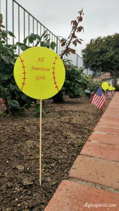 Cheap and Easy DIY Softball Party Decorations for an end of the year pool party along with other budget friendly party ideas. Softball Gifts, Cheerleading Gifts, Basketball Gifts, Ohio State Football, Ohio State Buckeyes, American Football, College Football, Softball Party Decorations, All American Girl