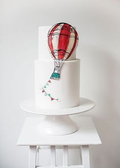 7 Wedding Cake Trends to Try for Your Big Day | Brides.com