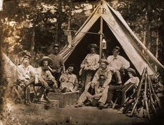Men of the Clinch Rifles, Georgia Infantry Regiment, pose outside their tent during the American Civil War. Confederate States Of America, America Civil War, Southern Heritage, My Family History, Civil War Photos, Historical Pictures, Civilization, Soldiers, Civil Wars