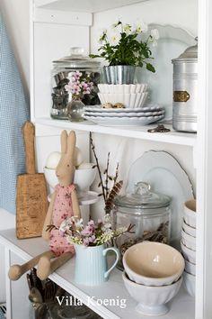 Osterdeko in der Küche und Hefezöpfe (*Werbung) | Villa König