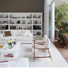 WEBSTA @ anacarolinagalvao - Mobiliário de base branca em contraste com a cor escura (fendi) da parede... Resultado super clean!   Por Dado Castello Branco