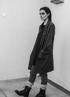 Winter look. Punk Fashion, Fashion Models, Segovia Amil, Castlevania Netflix, The Love Club, Film Aesthetic, Bucky Barnes, Gothic Girls, Woman Crush