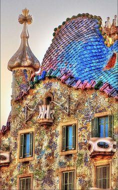 In need of a little travel today preferably #Barcelona ,#Spain ❤️❤️... By Yeray Vargas #travelBarcelona #Spain #art #photography #design #artsy #romantic #decor #hotel #hotellife #hoteldesign #hotels #hotelstyle #architecture #view #travelblogger #travels #travelguide #hotelinterior #traveler #traveling #traveltheworld #travelholic #traveleurope #wanderlust #travel #bucketlist #architecturelovers #europe #wanderlust #traveladdict #hoteldesign #inspiration #inspo #travelblog #destinati