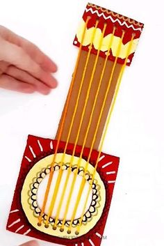 This simplified, shapes based, Cinco De Mayo Cardboard Guitar Craft is such a colorful, creative way to honor and learn about the celebration. Kids Crafts, Diy Home Crafts, Craft Stick Crafts, Preschool Crafts, Piano Crafts, Guitar Crafts, Guitar Diy, Cardboard Guitar, Chinese Crafts