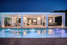 Villa Ibiza by night I Kabaz