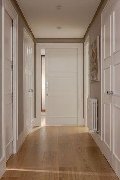 Urbana Interiorismo - Reformas Integrales, Interiorismo y Decoración. Em Home, Best Flooring, Modern Door, Paint Colors For Home, Living Room Colors, Hallway Decorating, Ceiling Design, My Dream Home, Home Interior Design
