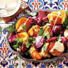 This insanely colourful roasted beet salad with tahini dressing is a breeze to make, but if you want to save time, you can always buy pre-roasted beets. Beet Recipes, Fall Recipes, Whole Food Recipes, Healthy Recipes, Entree Recipes, Lunch Recipes, Roasted Beet Salad, Tahini Dressing, Salad Dressing