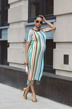 Bumping out spring look! The perfect maternity look.