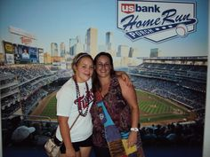 Sommer & Stacy at 2012 Twins Game