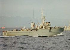 HMCS THUNDER (3rd) Royal Canadian Navy, Royal Navy, Navy Day, Air Space, Navy Military, Navy Ships, Submarines, Battleship, Armed Forces