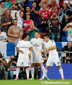 #Marcelo, #James y #CristianoRonaldo celebrando el primer gol en el Real Madrid 5 - 0 Athletic #HalaMadrid #RealMadrid