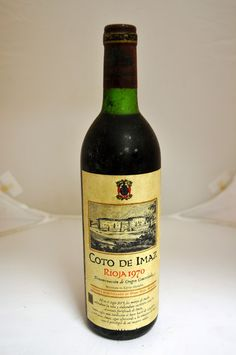 Bodega: El Coto de Rioja D.O./Zona: D.O.Ca Rioja País: España Tipo de vino: Tinto Crianza: Con crianza Varietales: 100% tempranillo