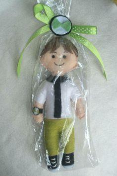 Boneco Ben 10 confeccionado e feltro ideal para ser oferecido como lembrança de aniversário ou decorar R$ 3,50