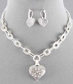 Heart Link Necklace Set