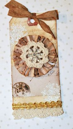 Scraps and Ink 25 Days of Christmas Tags - Accordion Fold