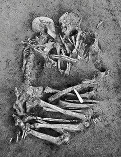 Eternal (skeleton) love