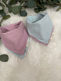 Mix & Match any 5 bibs & save €5! Our bibs are designed to absorb milk and dribble, while still keeping babies clothes dry underneath. Our pom pom bibs are made from organic cotton and fleece, while our musin reversible bibs are 100% organic cotton! Adjustable lead & nickel free snaps so our bibs can grow as your baby does. Extremely absorbent & available in a variety of gorgeous designs. Style our bibs with our matching zip baby grows, hats & blankets to compliment the ov Baby Bundles, Cotton Muslin, Newborn Baby Gifts, Babies Clothes, Baby Grows, Baby Boutique, Bibs, Sensitive Skin, Baby Shower Gifts