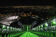 "Ola Verde por San Patricio ""The Global Greening"" Saint Patrick, Go Irish, Annual Leave, Images Of Ireland, Ski Jumping, Le Village, Go Green, Dublin, Norway"