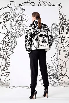 Jean Paul Gaultier Pre-Fall 2014 Fashion Show Fashion Prints, Fashion Art, Autumn Fashion, Fashion Outfits, Womens Fashion, Fashion Design, Emo Fashion, Cyberpunk Fashion, Gothic Fashion