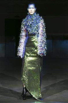 Yuima Nakazato Couture Fall Winter 2016 Paris - NOWFASHION