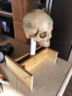 Milk Jug Skulls : 8 Steps (with Pictures) - Instructables Creepy Halloween Decorations, Halloween Skeletons, Halloween Skull, Halloween Crafts, Halloween Party, Halloween Witches, Happy Halloween, Halloween 2019, Halloween Costumes