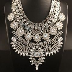 BIG CHUNKY NECKLACE Brand new silver Jewelry Necklaces