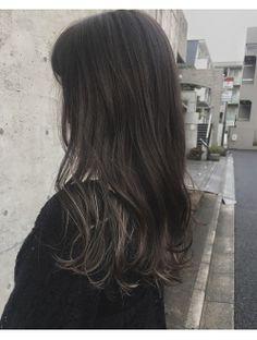 アクア アオヤマ(ACQUA aoyama) 【ダークカーキグレーパール】大人可愛い暗髪ハイライトカラー2