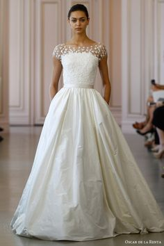 oscar de la renta bridal spring 2016 tafetta ball gown wedding dress floral lace bodice fleur sequin embroidered tulle overlay