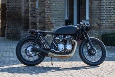 Custom build Cb550 brat, for enquires on this bike or other custom builds please contact me on luke@robinsonsspeedshop.com