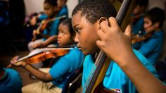 Unpacking the Science: How Playing Music Changes the Learning Brain ow.ly/AnHIr #edchat @commonhealth pic.twitter.com/8cV692UD55