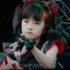 Sakura Gakuin, Kanagawa Prefecture, Heavy Metal Art, Moa Kikuchi, Metal Bands, Girl Gifts, Hard Rock, Pop Culture, Dancer