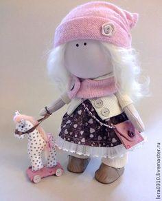 Лея - кукла в подарок,текстильная кукла,интерьерная кукла,лошадка,блондинка