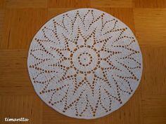 Virkattu matto Crochet Circles, Interior Decorating, Crochet Patterns, Rugs, Diy, Crafts, Home Decor, Round Shag Rug, Towels