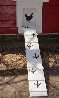Cute Chicken Door & Ladder #DIYchickencoopplans