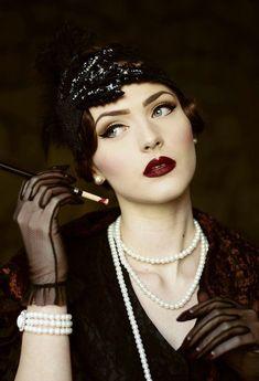 Flapper Girls, Make Up Looks, Vintage Makeup, Vintage Beauty, Retro Makeup, Beauty Makeup, Hair Makeup, Hair Beauty, Makeup Style