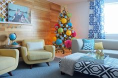 This Christmas Tree is Ready to Party | tealandlime.com