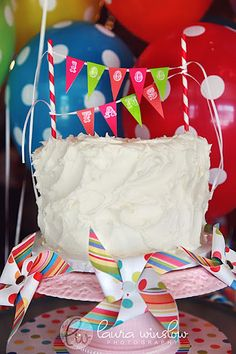 {DIY Party Projects} Mini Cake Bunting Tutorial & Free Printable Alphabet Pages! | The TomKat Studio