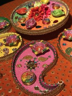 How pretty are these traditional pastel coloured mehndi plates Wedding Gift Wrapping, Wedding Gifts, Moroccan Theme Party, Indian Wedding Receptions, Fairy Lights Wedding, Architecture Tattoo, Wedding Prep, Indian Festivals, Mehndi
