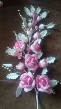Chicken Crafts, Fish Crafts, Flower Crafts, Diy Flowers, Fabric Flowers, Ribbon Embroidery Tutorial, Silk Ribbon Embroidery, Flower Photos, Needlework