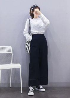 61 ideas fashion korean faces for 2019 korean fashion Korean Fashion Trends, Korean Street Fashion, Korea Fashion, Asian Fashion, India Fashion, Cute Fashion, Daily Fashion, Girl Fashion, Fashion Design