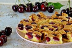 Gluténmentes cseresznyés piskóta rizslisztből | Gluténmentes élet T 4, Fruit Salad, Cookie Recipes, Waffles, French Toast, Gluten Free, Sweets, Cookies, Breakfast