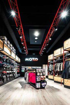 Boutique Interior, Clothing Store Interior, Clothing Store Design, Showroom Interior Design, Gym Interior, Shoe Store Design, Retail Store Design, Gym Design, Garage Design