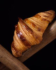 Receta de la masa de hojaldre rápida - Gourmétier Croissants, Bread, Homemade, Food, Tortilla Pie, Pastries, Homemade Breads, Puff Pastries