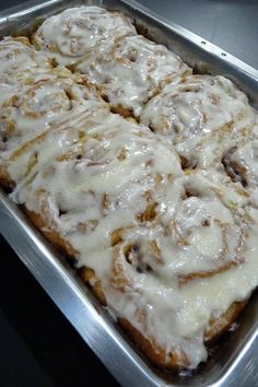 Apple Orchard Cinnamon Rolls- easy to make but with my own dough to make vegan Apple Desserts, Apple Recipes, Great Recipes, Delicious Desserts, Yummy Food, Favorite Recipes, Yummy Treats, Recipe Ideas, Breakfast Time